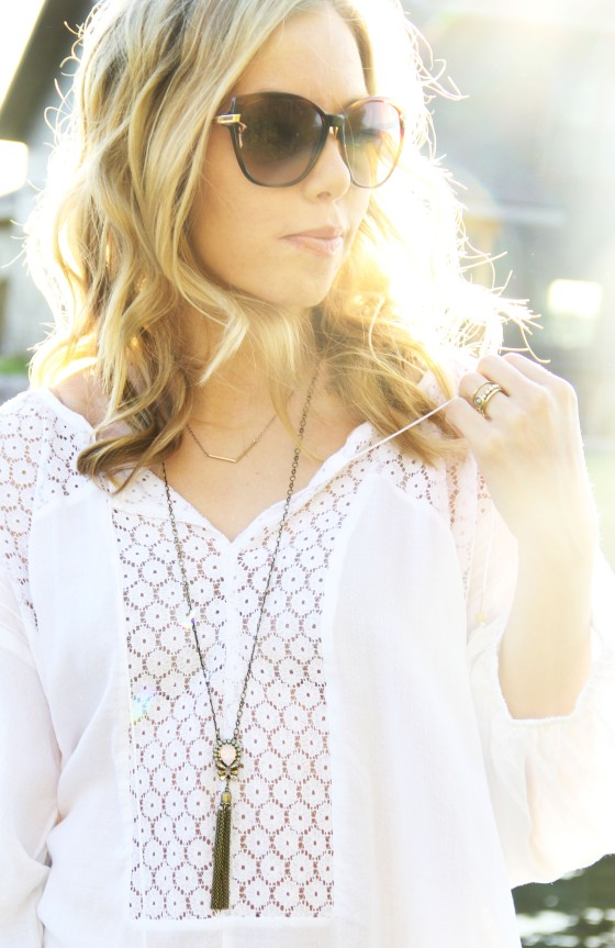 melissa richardson, style me montana, olive and oak, free people top, sorrelli necklace, von zipper sunglasses, whitefish, montana